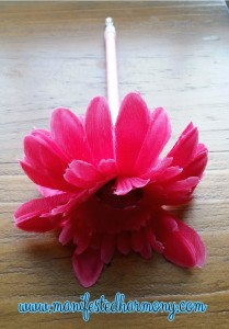 Pink flower pen